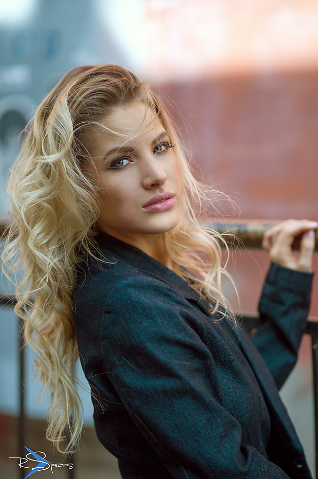 model KC Nelson